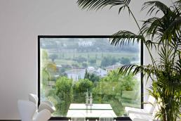 Villa Oliva - Coffee table with views